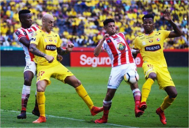 Barcelona derrot 2 0 a t cnico universitario for Exterior tecnico universitario 2018